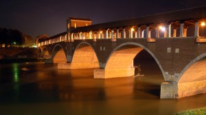 pavia_ponte_coperto_by_night-1