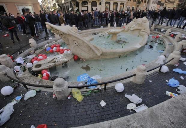 ROMA, LA BELLEZZA E GLI HOOLIGAN
