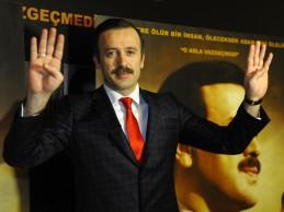 """""""REİS"""" FİLMİNİN GALASI YOĞUN KATILIMLA YAPILDI"""
