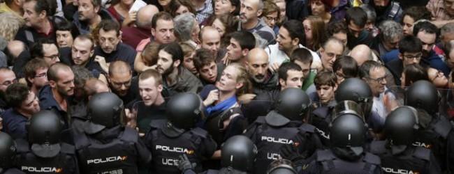 DIRETTA – Catalogna: scontri e violazioni [GUARDA I VIDEO]