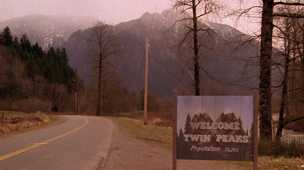 twin-peaks-wallpaper-mountain