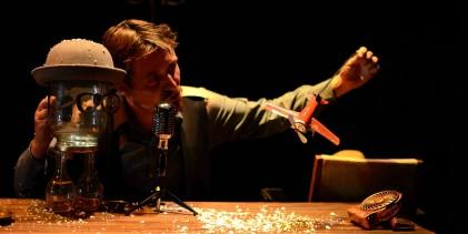 """Il Teatro della Memoria, di Davel Puente Hoces, al Teatro Volta: """"Le Fumiste"""""""