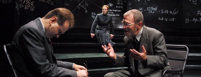 "Matematica mortale: ""Copenhagen"" al Teatro Fraschini"