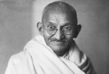 Lottare senza armi: Gandhi e la sua filosofia di vita