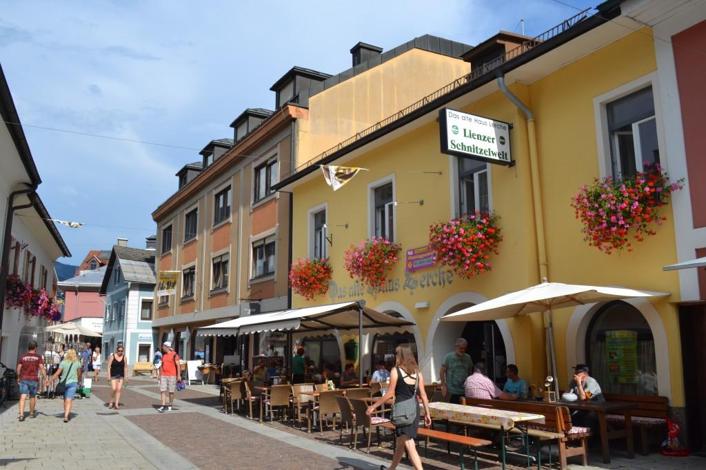 Scorcio del centro di Lienz, Austria.