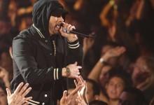 Eminem è fuori con e come un Kamikaze