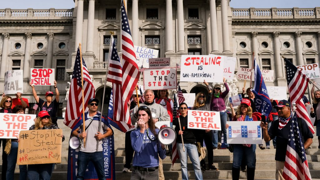 trump-manifestanti-america