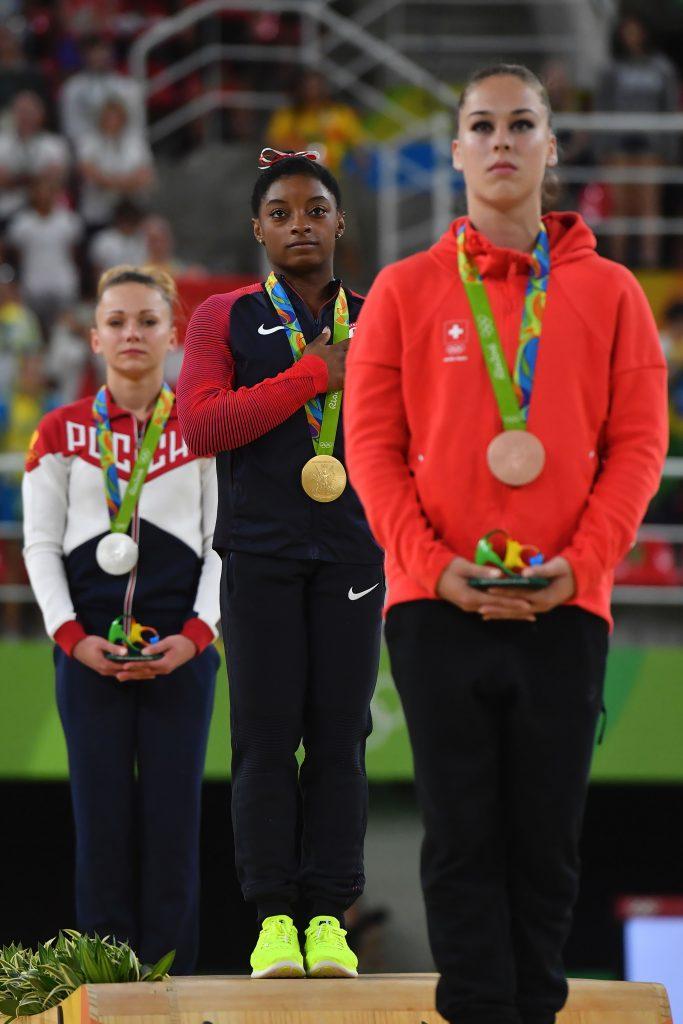 simone-biles-volteggio-oro-olimpiadi-rio