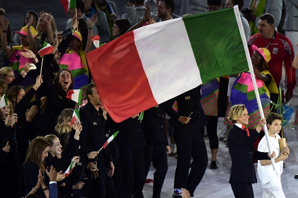 cerimonia-apertura-rio-2016-portabandiera-elia-viviani-jessica-rossi-tokyo-2021-italia